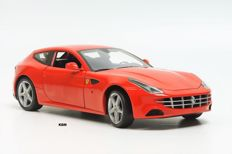 Hot Wheels Elite - Scale 1/18 - Ferrari FF GT V12 - Red