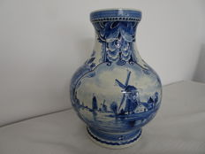 Porceleyne Fles - Large, nice vase with a Dutch decor depicting boats and a mill