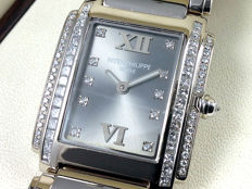 PATEK PHILIPPE TWENTY 4 DIAMONDS - 4910/20G-010 - (Women) - Watch of 31st January 2003