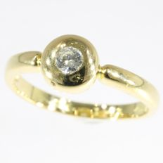 18k Yellow gold halo diamond solitair engagement ring - size 55