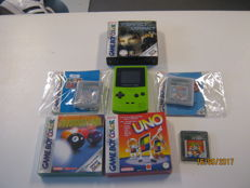 Gameboy Color including 6 gameboy games 2 are sealed(uno+Pool) and one is complete (perfect dark)