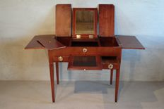 A Louis XVI mahogany wooden poudreuse - the Netherlands - circa 1775-1785