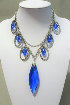 Signed JOAN RIVERS - Spectacular necklace with royal blue Austrian crystals