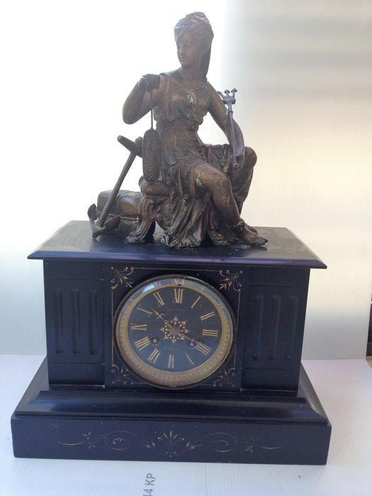 JAPY FRERE and Cie mantle clock - 6th MEDAILLES D'HONNEUR 'Lacroix à Voiron', regulus and black marble - Paris movement (Era 1850/1880)