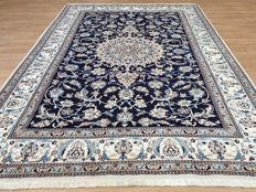 Persian ROYAL NAIN – approx. 314 x 200 cm – with certificate of authenticity – VERY GOOD condition!