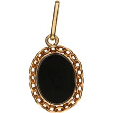 18 kt Yellow gold medallion pendant set with onyx, pendant can be opened - Length: 32.2 mm