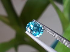 Blue zircon - 2.48 ct