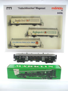 Märklin H0 - 84785/4017 - 5 different wagons, 1 x with moveable sliding doors [527]