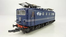 Roco H0 - From set 41297 - Electric locomotive Series 1100 of the NS