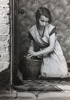 Bill Brandt (1904-1983) - Young housewife, Bethnal Green, London, 1937