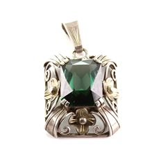 Antique Art Deco pendant, genuine silver set with green tourmaline approx. 11.07ct