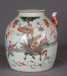 A Chinese Famille Rose Tea Caddy - China - early 20th century