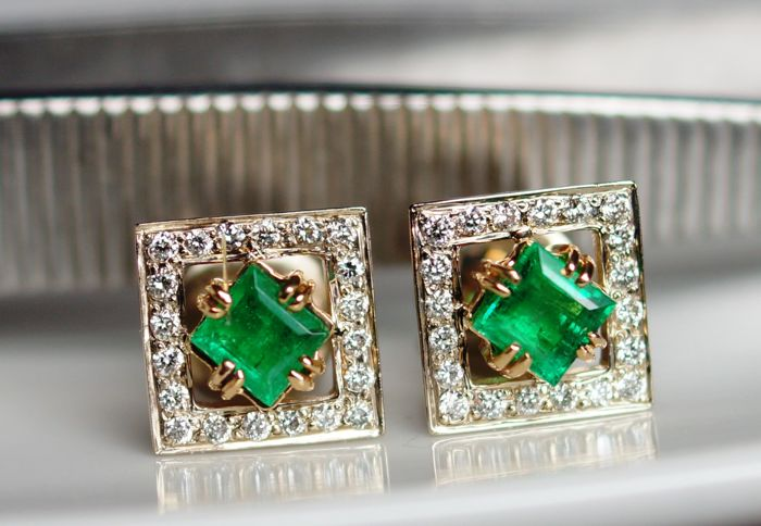 14kt Gold Earrings with 0,35ct Diamonds and 1,1ct Emerald