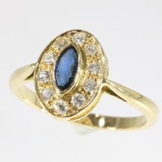 18k Gold Diamond and sapphire gold ring - size 52