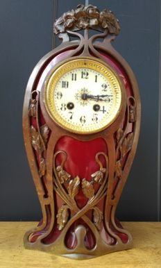 Art Nouveau French mantel clock - Ceramics with bronze frame