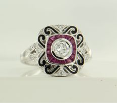 14 kt white gold ring decorated with black enamel and set with ruby and 1 brilliant cut and 12 single cut diamonds, approx. 0.37 ct in total