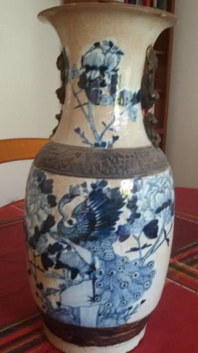 Rare blue and white Nanking vase – China – 19th century