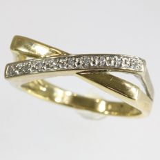 Bicolour gold ring set with 1 row of diamonds - 1970
