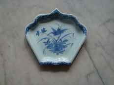 17th century chinoiserie rice table dish