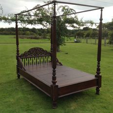 Colonial Four Poster bed - late 19th century / early 20th century