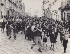 Unknown / AP & ACME News - Italy during WWII - 1943/41/1944