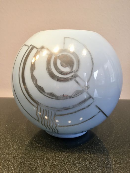 Vermer Sky Blue Ball Vase With Silver Art Dco Motif Catawiki