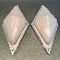 Diamond-shaped pair of wall lamps, original Art Deco