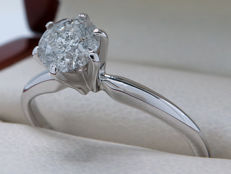 Certified, gold, solitaire ring with brilliant. 0.60 kt **No reserve price**
