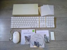Lot of Apple accessories and software - Apple Wireless Keyboard, iMac Remote, Magic Mouse, OS X Snow Leopard