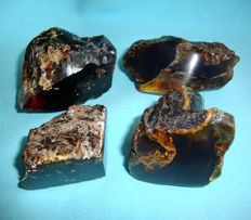 Lot of class-A natural red-blue amber, partially polished - 138 g - 690 ct (4)