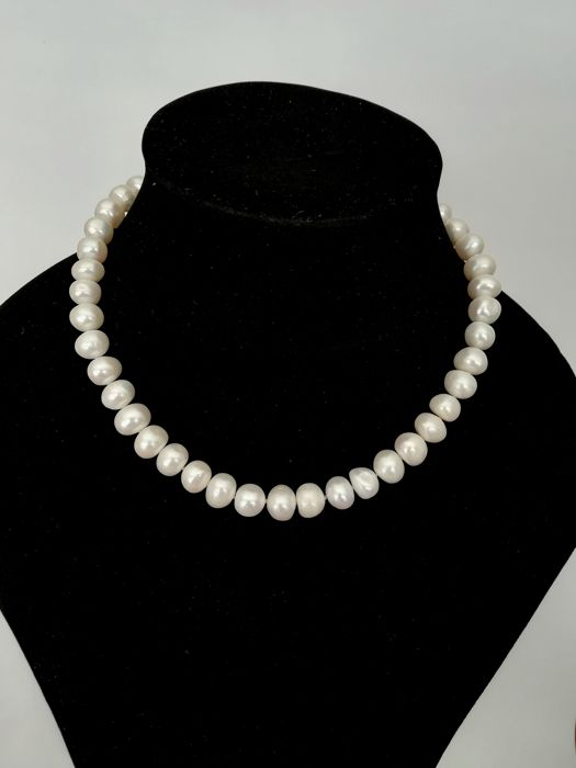 Fresh Water Baroque Pearl Necklace, with silver clasp