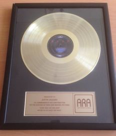 Rush Gold Record Award Disc Moving Pictures USA 1981