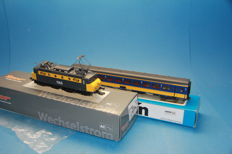 Roco/Märklin H0 - 68580/42652 - Electric locomotive Series 1100 and IC carriage of the Nederlandse Spoorwegen