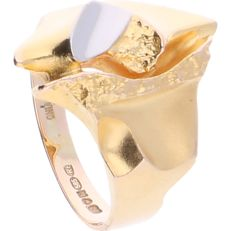 "14 kt - Yellow gold ring ""Geisir"", by the  LAPPONIA brand, with white gold detail in the centrepiece. Certificate available - Ring size: 18.5 mm"