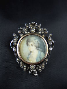 Antique brooch with miniature – 19th century