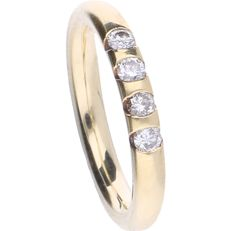14 kt – Yellow gold ring with 4 brilliant cut diamonds, set in a row, approx. 0.16 ct in total – Ring size: 15.25 mm