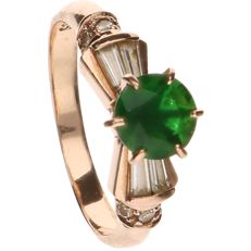 14 kt Yellow gold ring set with a green stone and four baguette cut zirconia stones - Ring size: 18 mm
