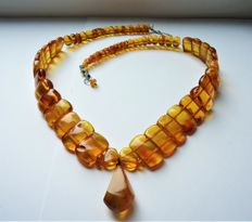 Vintage natural Baltic Amber necklace, 53 grams