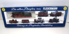 Fleischmann H0 - 4884 - Freight train set with G8.2 and six freight cars of the KPEV