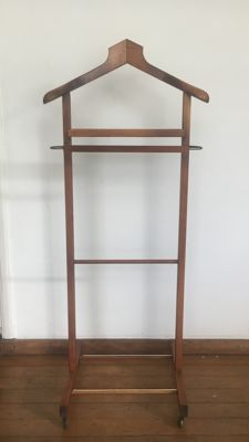Manufacturer unknown - vintage wooden valet stand
