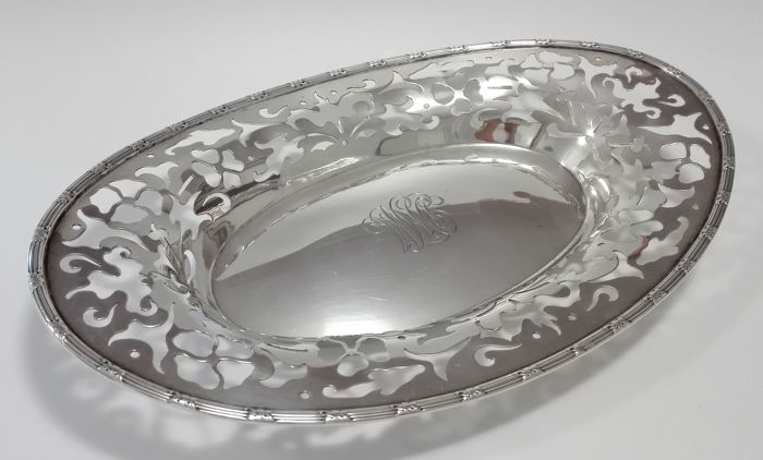 Sterling Silver open-work oval dish with engraved decorated edge