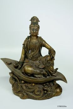 Special statue - Guanyin - bronze - China - late 20th century