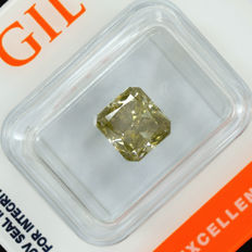 Diamond – 2.51ct, Natural Fancy Intense Greenish Yellow SI2