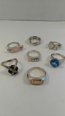 Lot of 7 sterling silver ring with quartz and black onyx - no reserve price