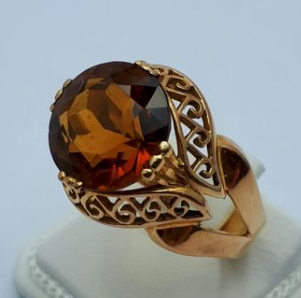 18 Ct Gold Ring with Large Citrin