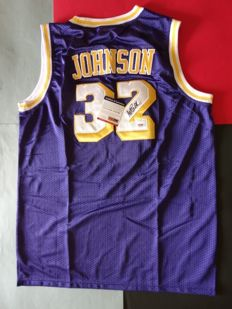 Magic Johnson -  hand singed by Magic Johnson jersey + Certificate of Authenticity