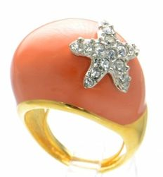 Kenneth Jay Lane - Yellow gold plated statement Starfish Coral Ring with Austrian Crystals