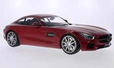 Premium Classixxs - Scale 1/12 - Mercedes-Benz AMG GT - Red