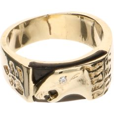 14 kt Yellow gold signet ring (American) set with onyx and the shape of an eagle and 1 brilliant cut diamond of 0.01 ct - Ring size: 19.75 mm