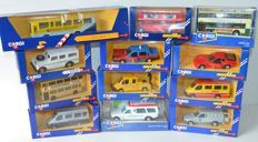 Corgi - Lot with 12 models: Volvo Bus, London Bus, 2 x Metrobus, 3 x Ford Transit, Volvo Taxi, Ambulance, Porsche, Ford Escort Van